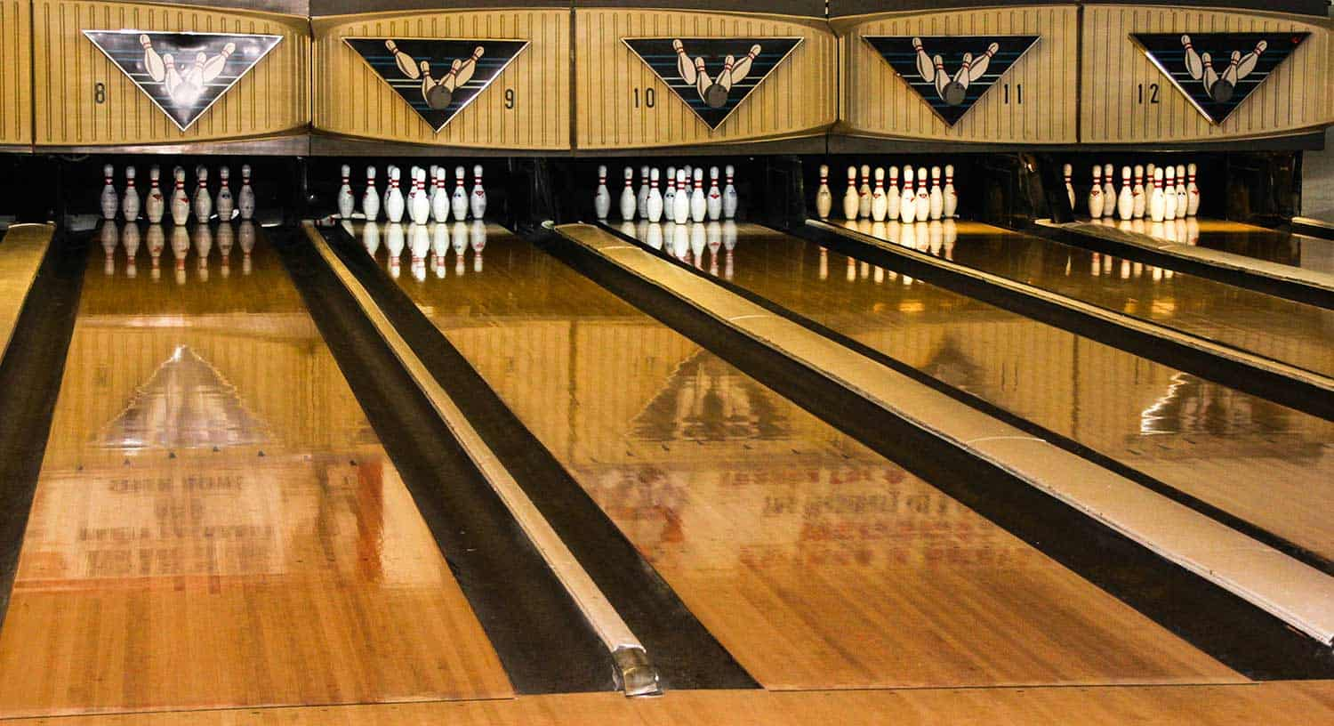 A shot of bowling alley