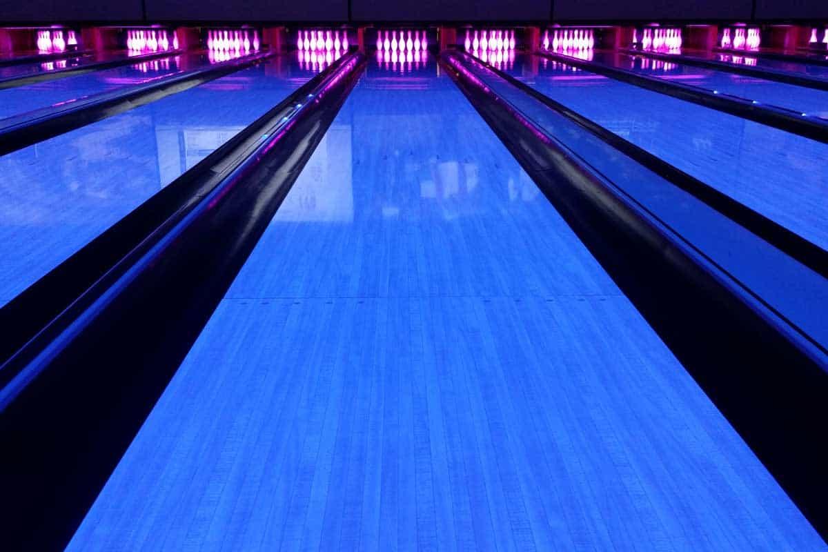 Bowling lane backlight