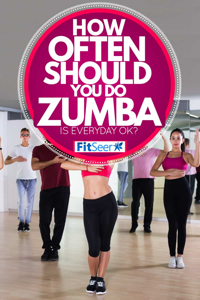 Men and women getting in position to start dancing at a Zumba session, How Often Should You Do Zumba (Is Everyday Ok?)