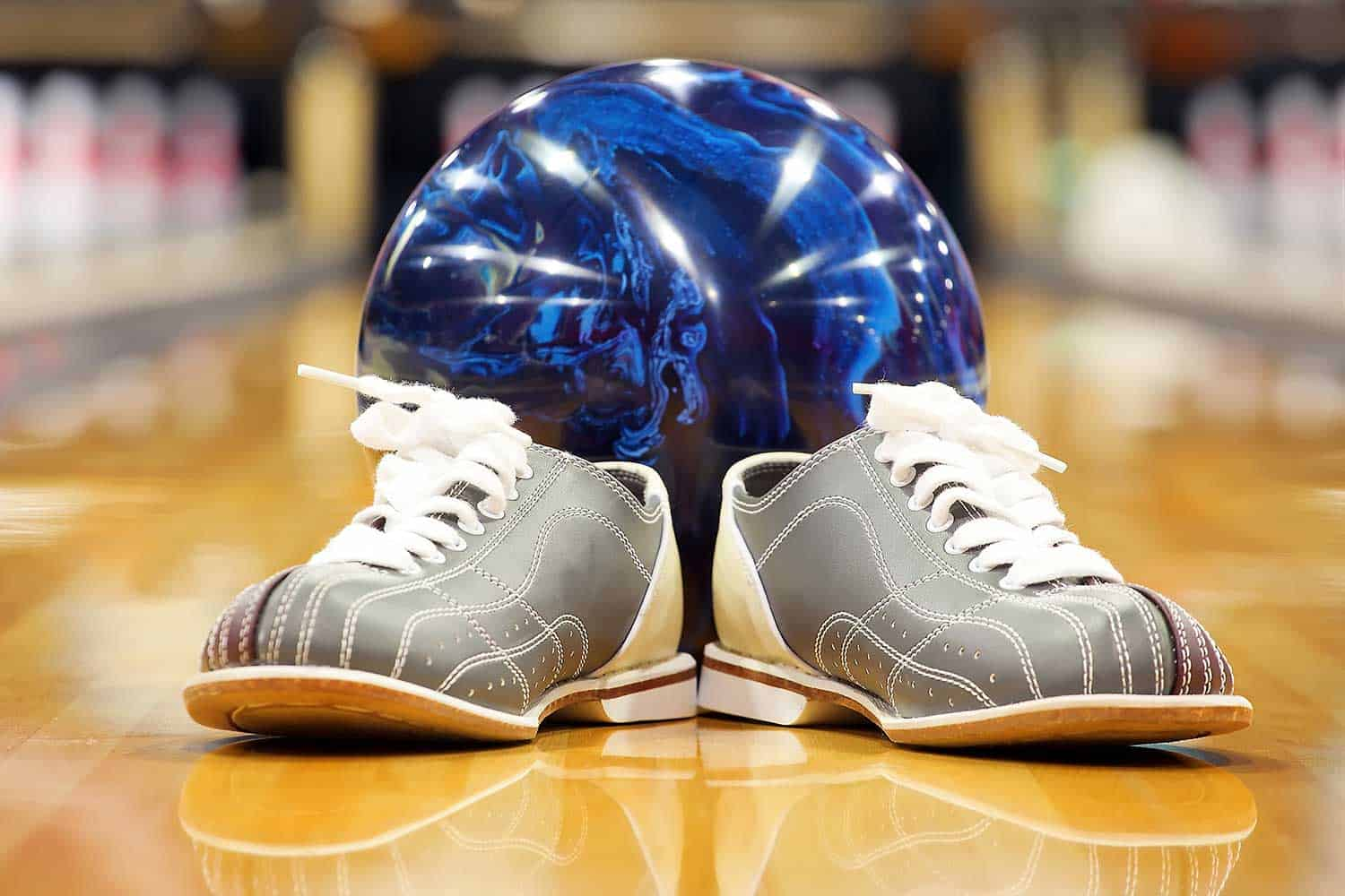 Bowling shoes and ball for bowling game