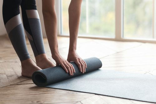 Read more about the article How Thick Should A Pilates Mat Be?