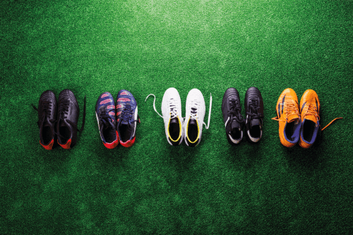 Read more about the article Football Vs Lacrosse Cleats—The Key Differences